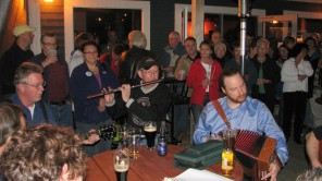 021-020-Traditional Music Session at the Catstop